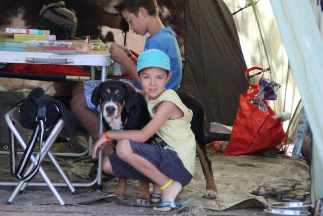 au camping, notre bébé s'est très bien comporté